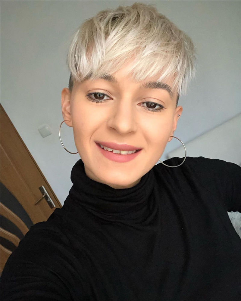 Cool Pixie Cuts that You Will Adore in 2020-04