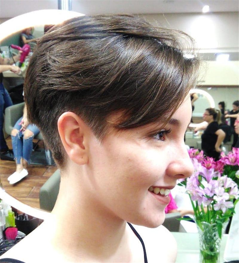 Cool Pixie Cuts that You Will Adore in 2020-30