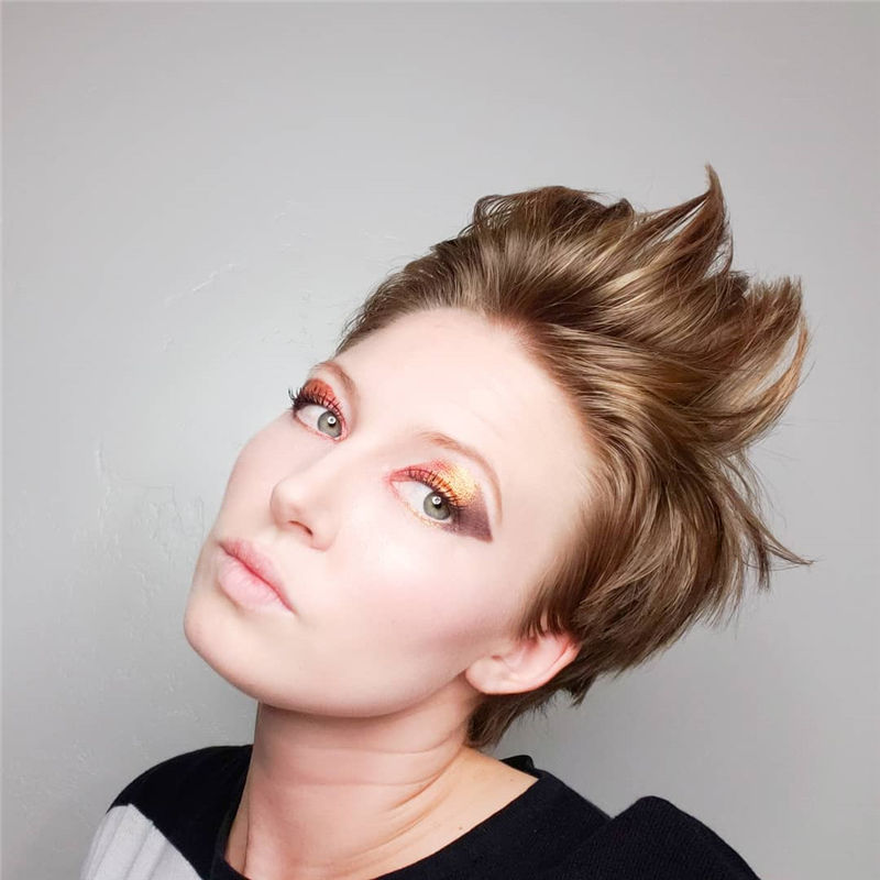 Cool Pixie Cuts that You Will Adore in 2020-40