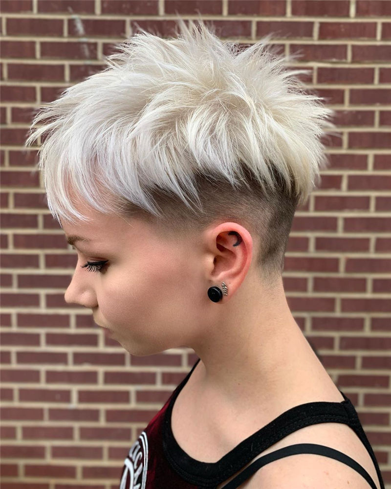 Cool Pixie Cuts that You Will Adore in 2020-46