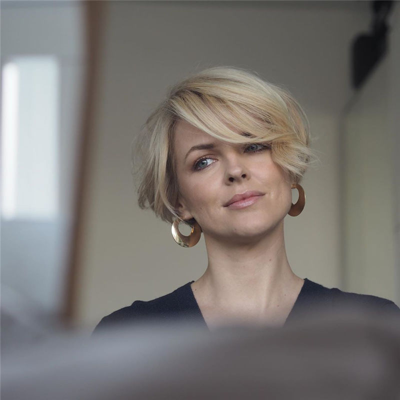 Cool Pixie Haircuts Not to Miss Out This Year-02