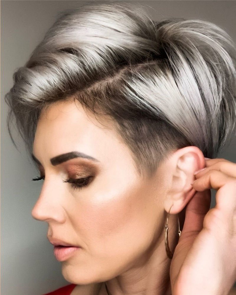 Cool Pixie Haircuts Not to Miss Out This Year-06
