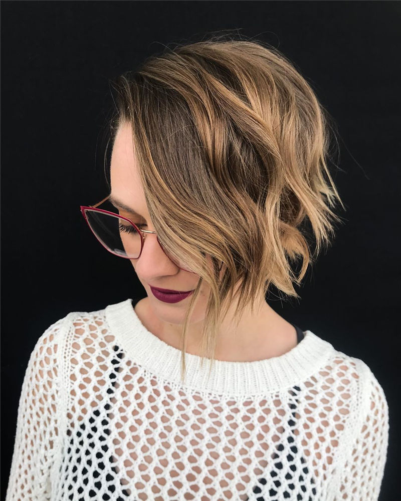 Cool Pixie Haircuts Not to Miss Out This Year-16