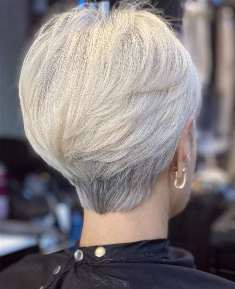 Cool Short Haircuts for Your New Look in 2020-09