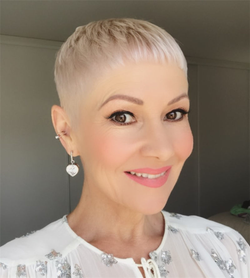Cool Short Haircuts for Your New Look in 2020-17
