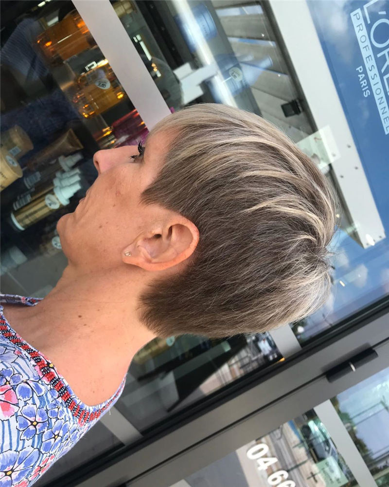 Gorgeous Short Haircuts to Light You Up in 2020-10