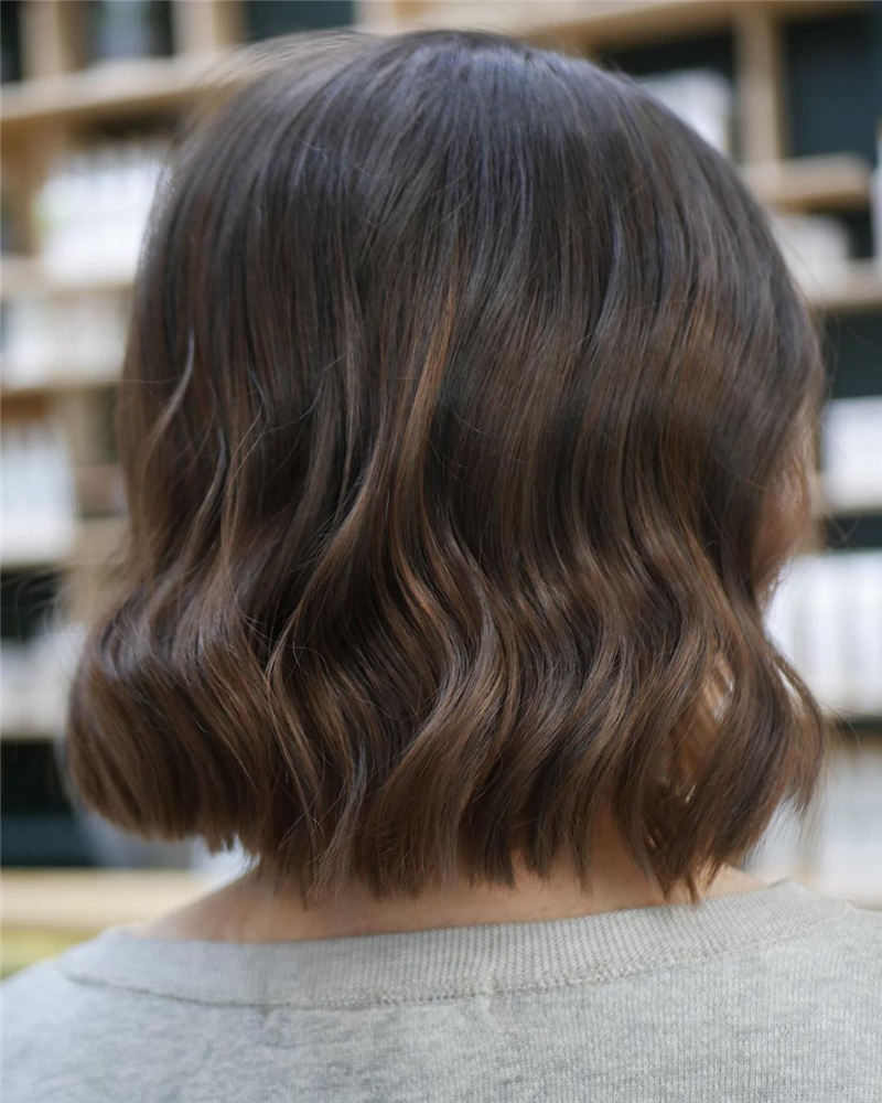 Gorgeous Short Haircuts to Light You Up in 2020-13