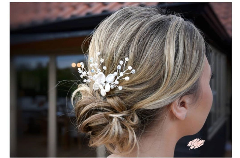 Lovely Wedding Hairstyles You'll Love for 2020-03