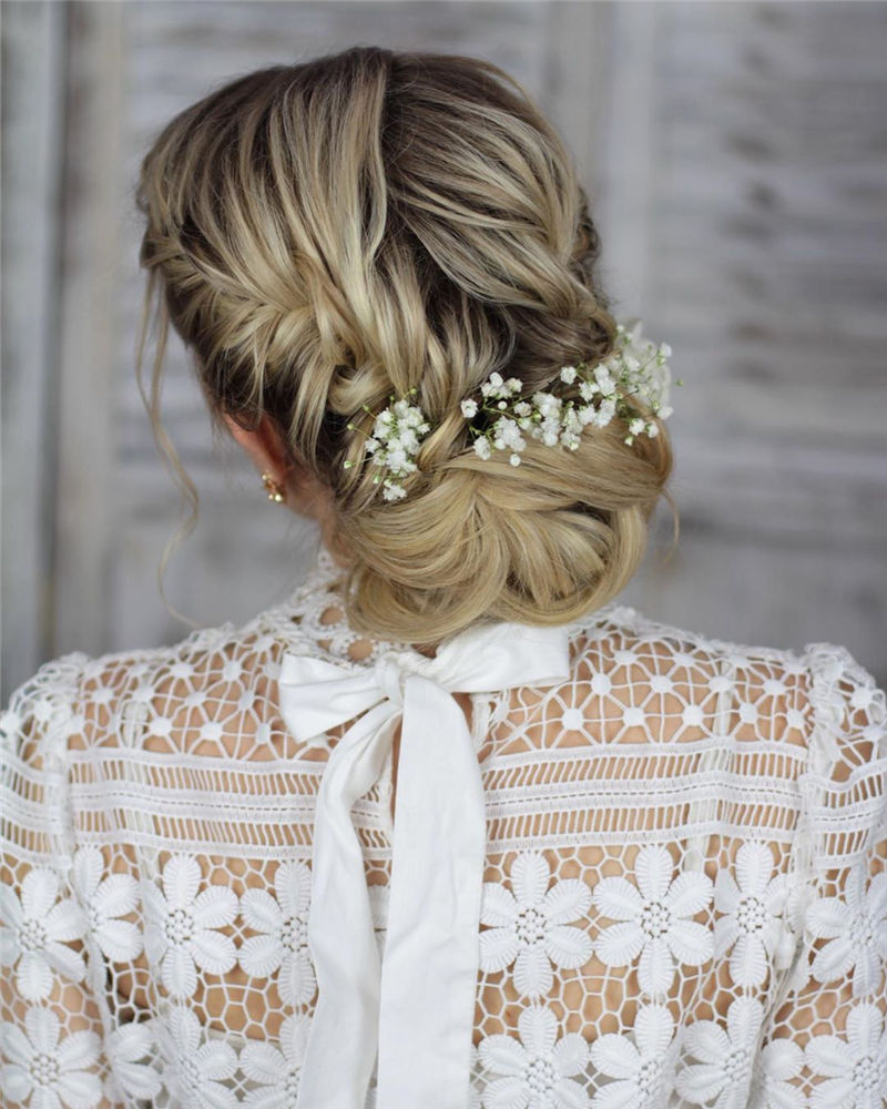 Lovely Wedding Hairstyles You'll Love for 2020-04