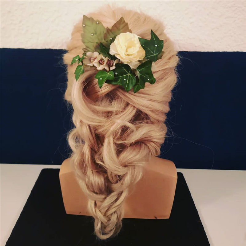 Lovely Wedding Hairstyles You'll Love for 2020-17