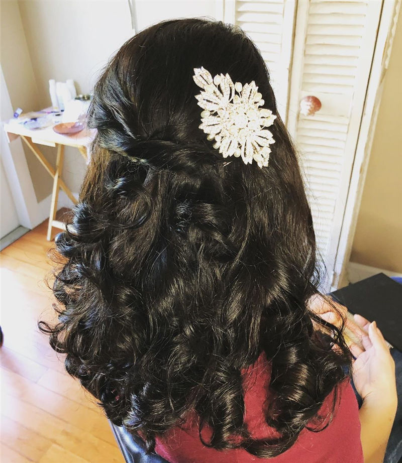 Lovely Wedding Hairstyles You'll Love for 2020-26