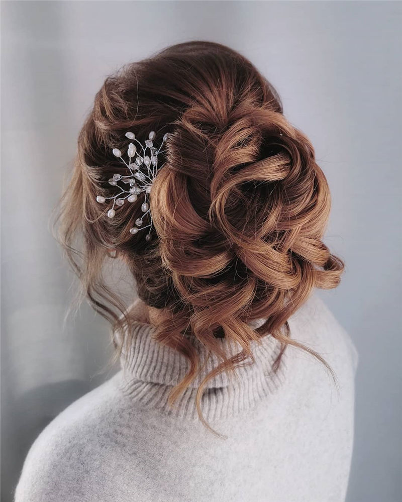 Lovely Wedding Hairstyles You'll Love for 2020-28