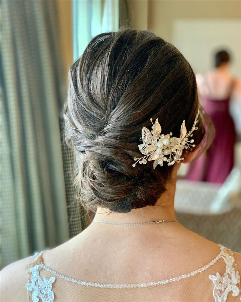 Lovely Wedding Hairstyles You'll Love for 2020-38