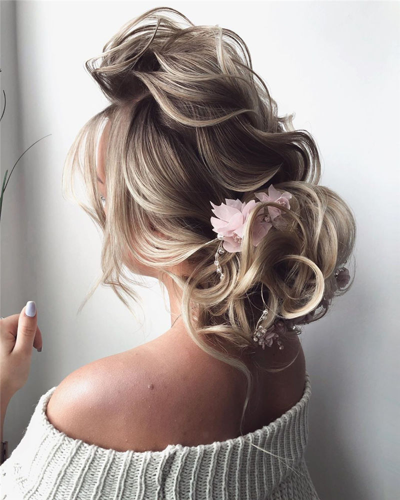 Lovely Wedding Hairstyles You'll Love for 2020-46