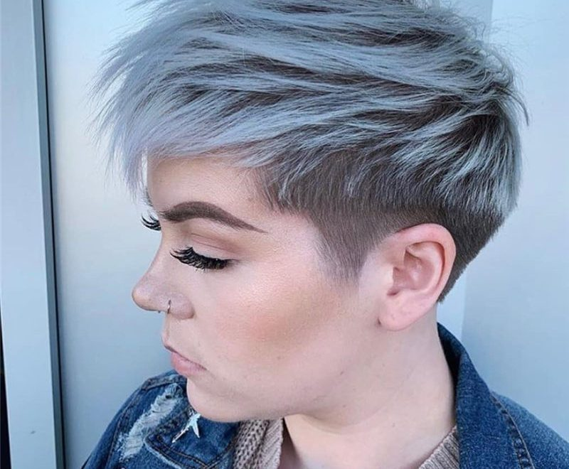 Popular Short Pixie Haircuts to Look Charming-40