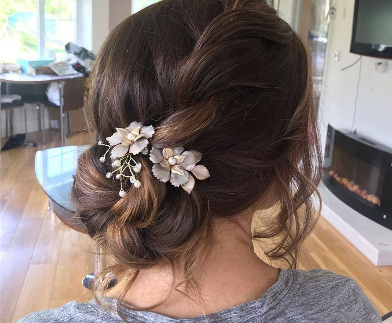 Popular Updo Braided Hairstyles to Make You Look Cuter-30