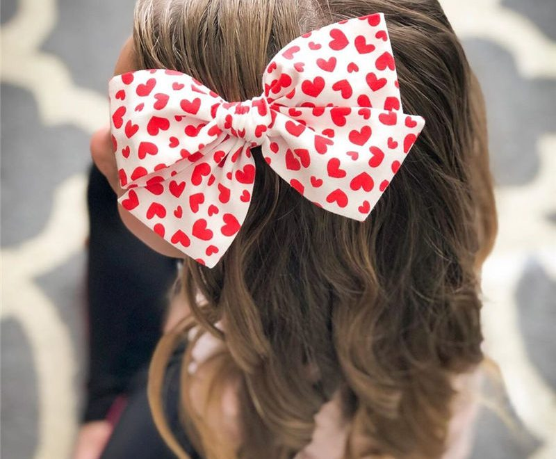 Sexy Valentine's Day Hairstyles To Look Stylish-37