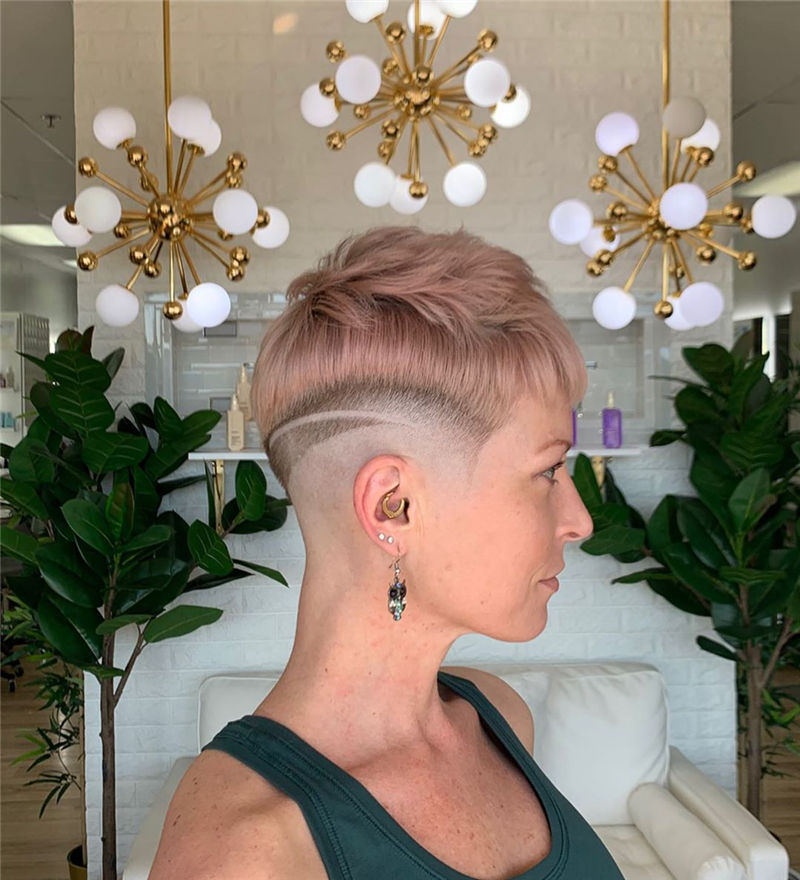 Amazing Pixie Cuts to Look Cool This Year-02