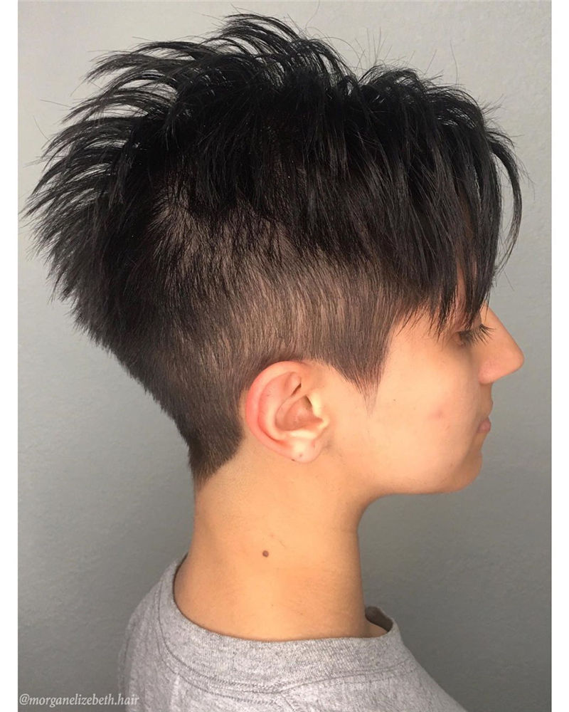 Amazing Pixie Cuts to Look Cool This Year-08