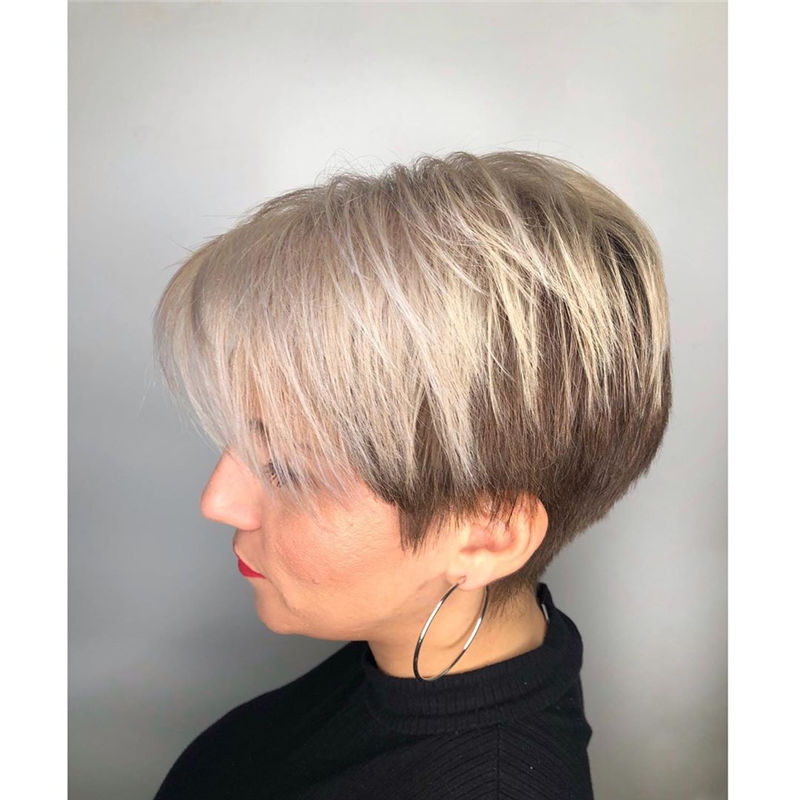 Amazing Pixie Cuts to Look Cool This Year-27