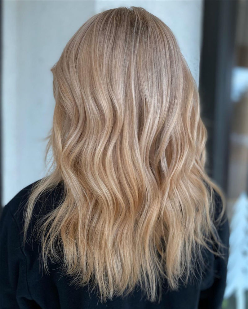 Best Medium Hairstyles That Make You Look Younger-03