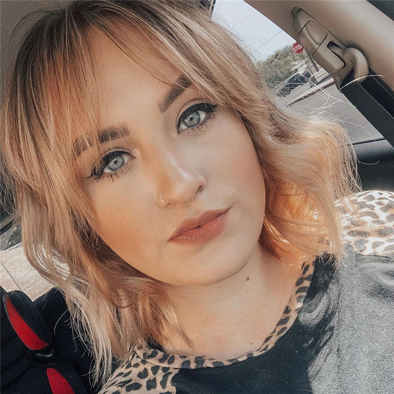 Best Short Bob with Bangs for An Amazing Look 24
