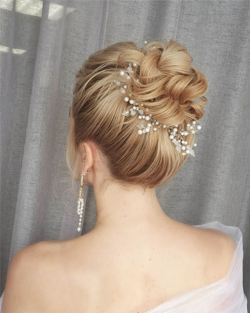 Best Wedding Hairstyles that Are Great for Big Day-09