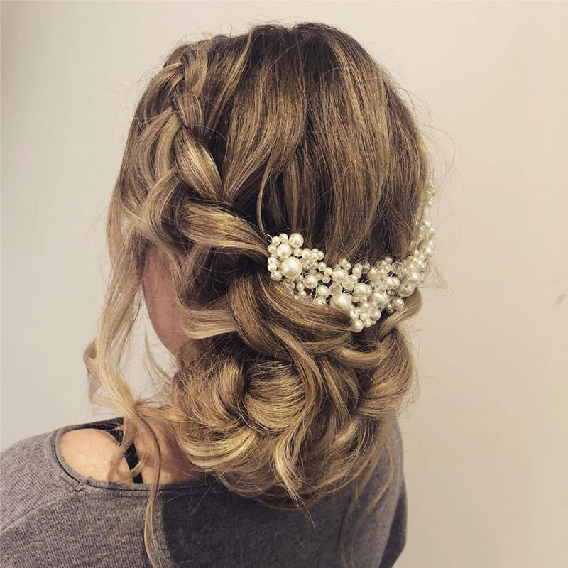 Best Wedding Hairstyles that Are Great for Big Day-12