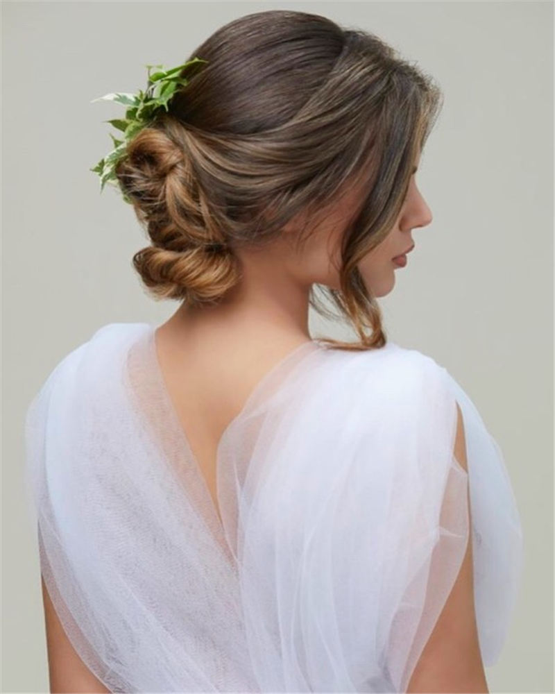 Best Wedding Hairstyles that Are Great for Big Day-14