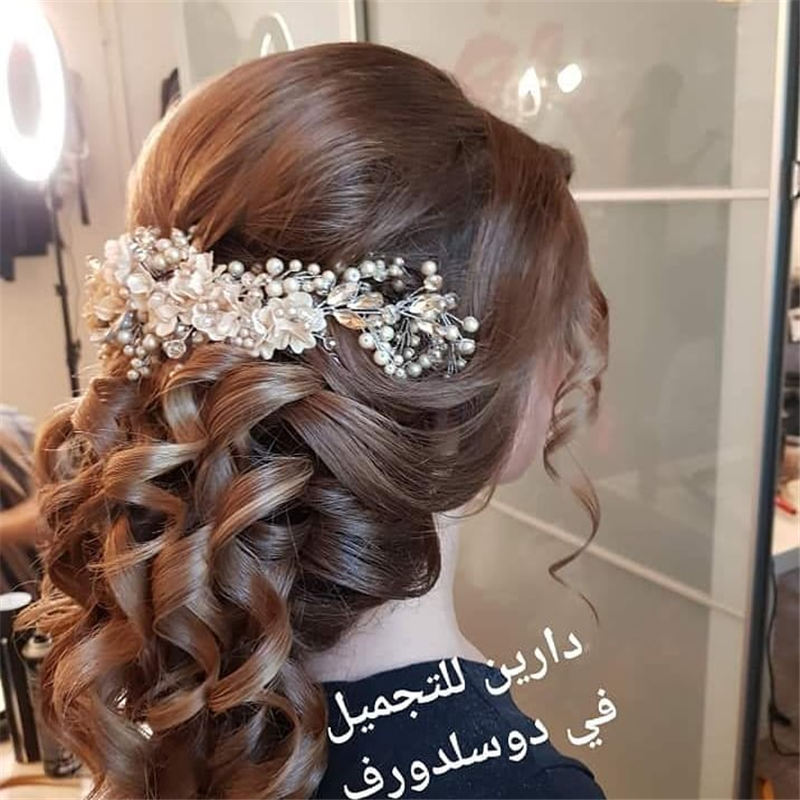 Best Wedding Hairstyles that Are Great for Big Day-29