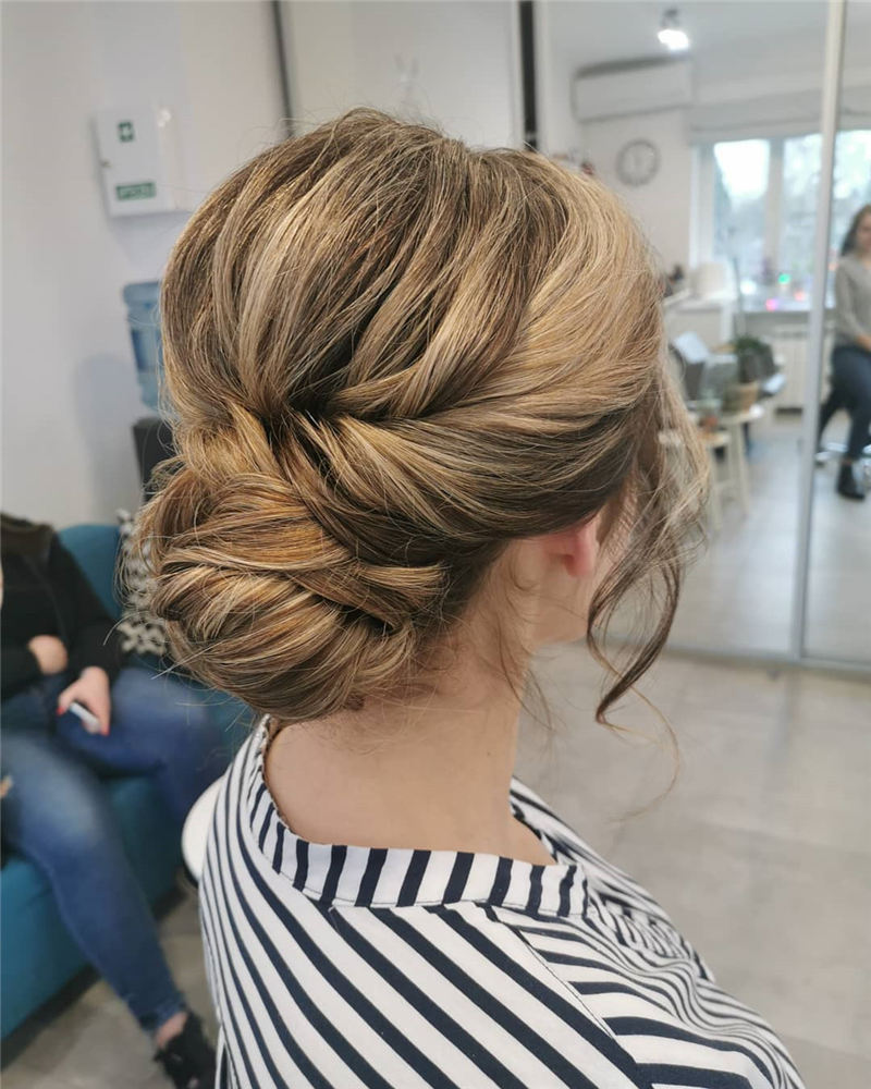 Best Wedding Hairstyles that Are Great for Big Day-31