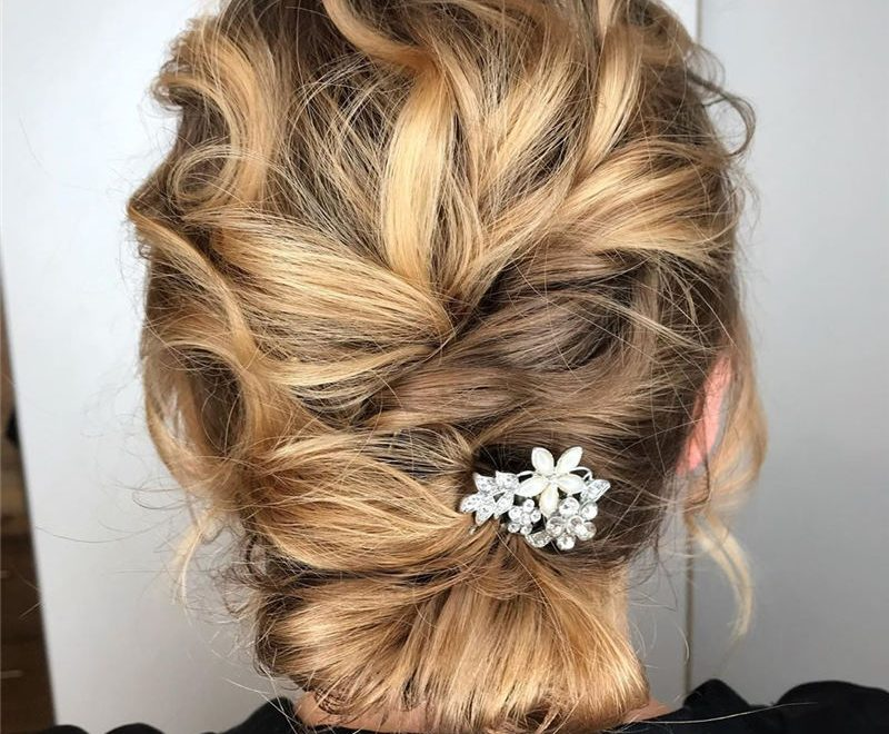 Best Wedding Hairstyles that Are Great for Big Day-36