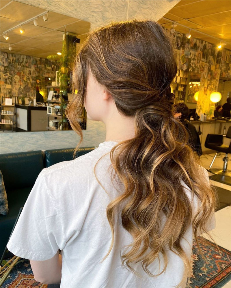 Best Wedding Hairstyles that Are Great for Big Day-37