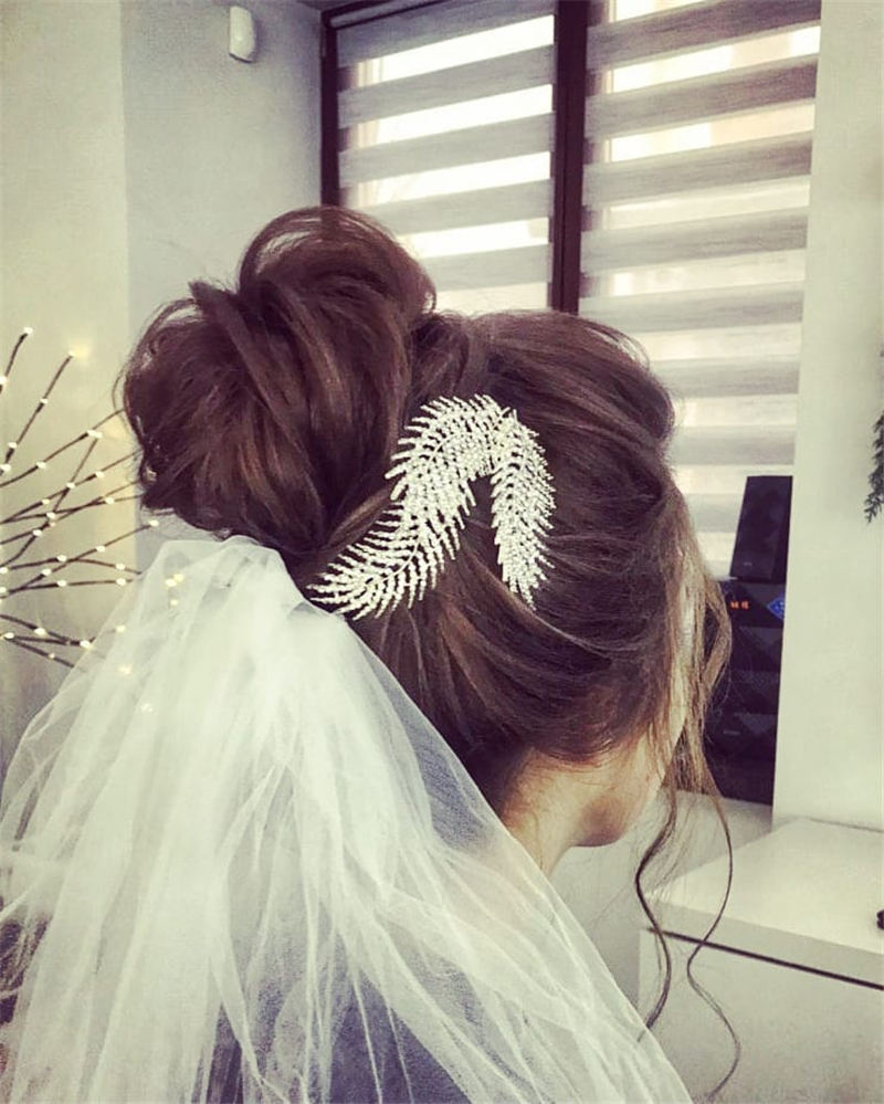 Best Wedding Hairstyles that Are Great for Big Day-38