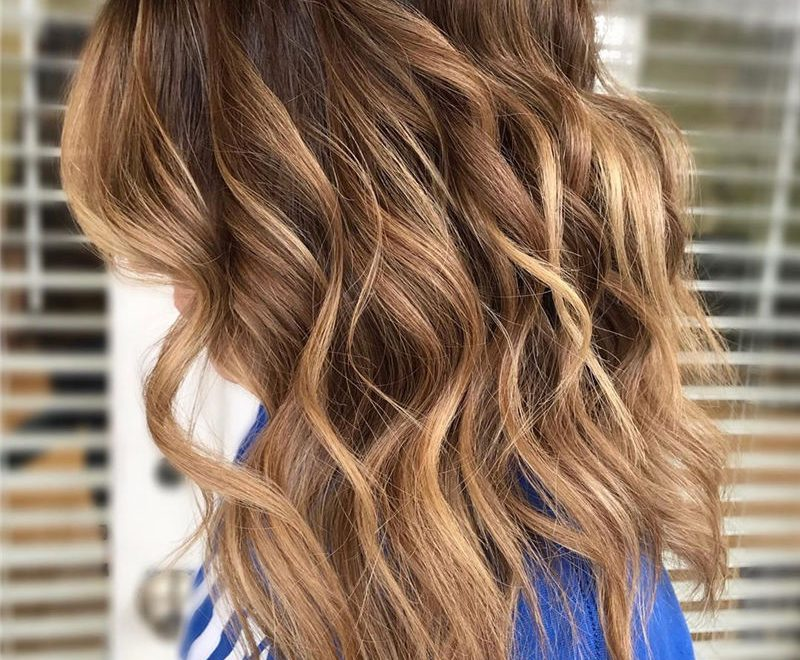 Cool Medium Hairstyles to Inspire You to Build Your Own 37