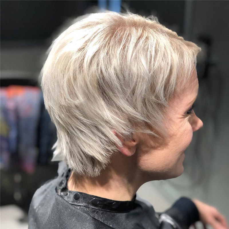 Darn Cool Pixie Cuts That You'll Want To Get-08