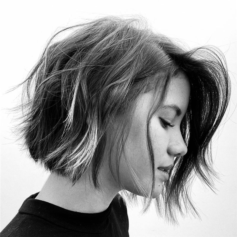 Darn Cool Pixie Cuts That You'll Want To Get-16