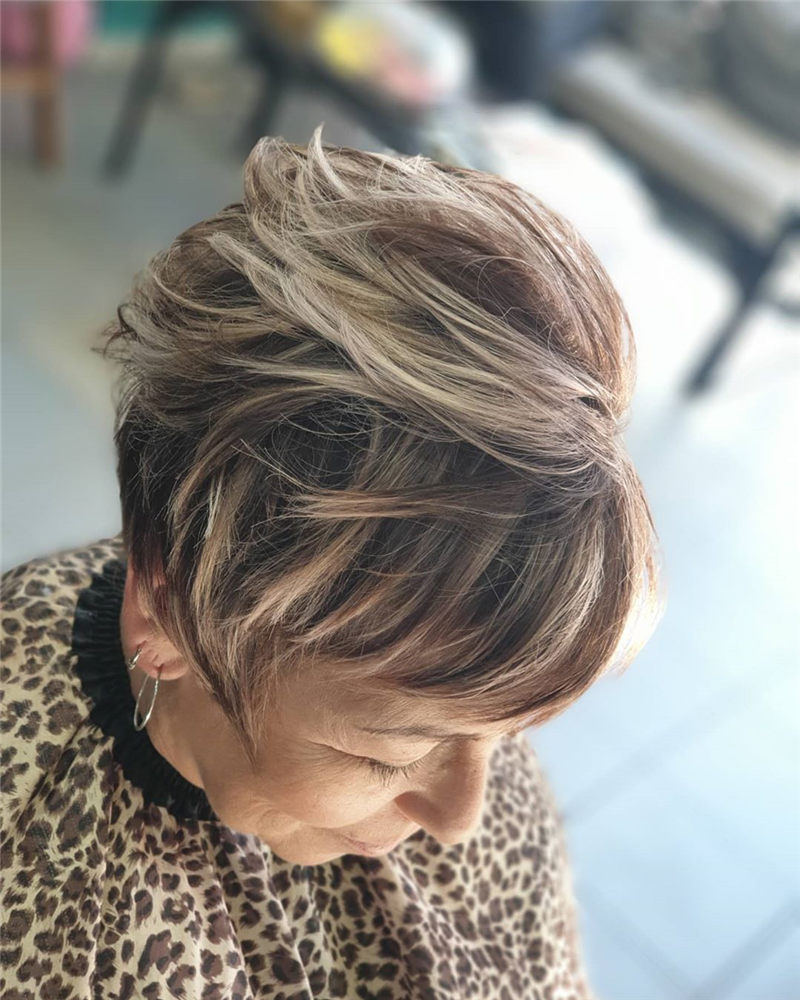 Darn Cool Pixie Cuts That You'll Want To Get-28