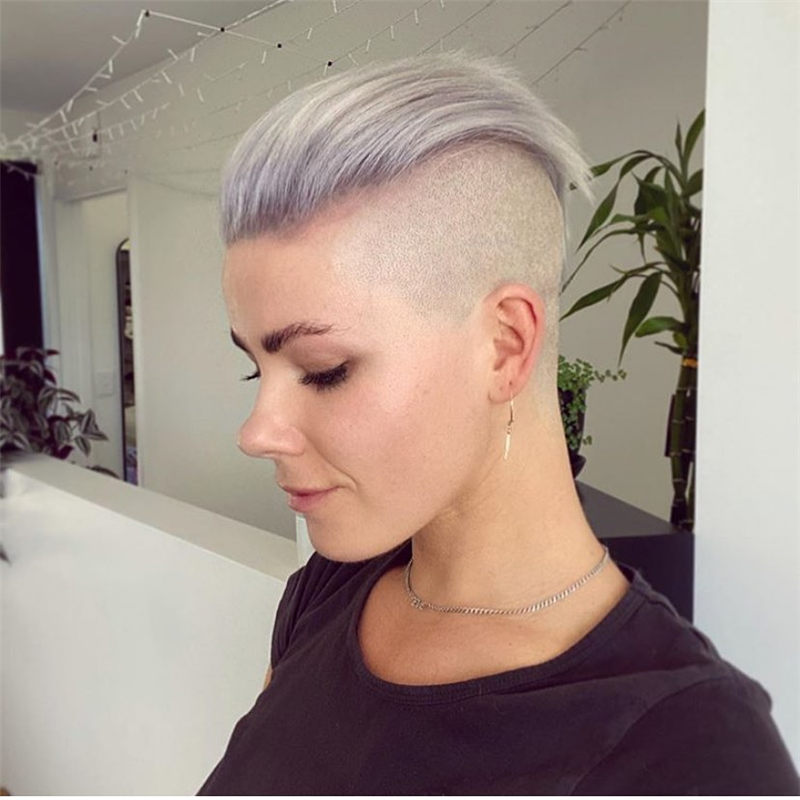 Darn Cool Pixie Cuts That You'll Want To Get-35