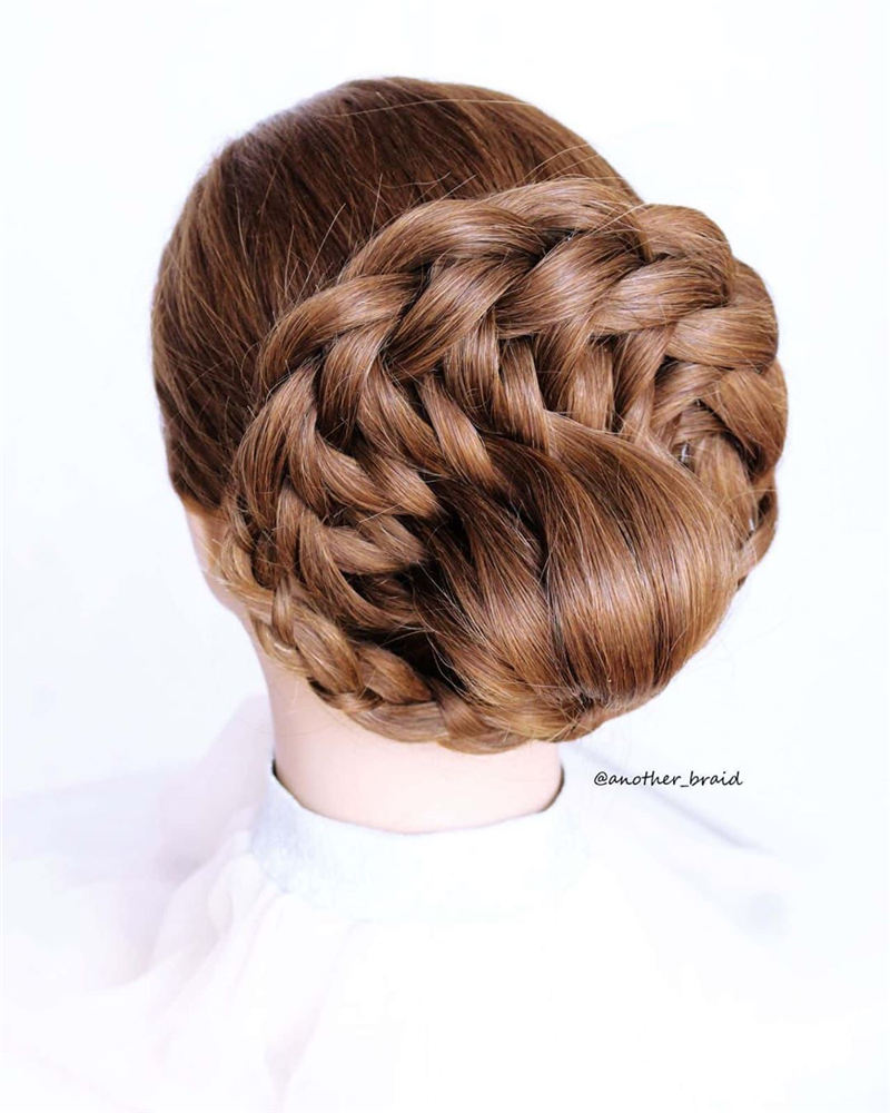 Lovely Wedding Hairstyles to Consider This Year 02