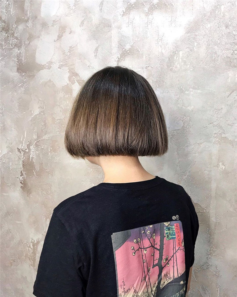 Most Trendy and Terrific Bob Haircuts for Charming Look-18
