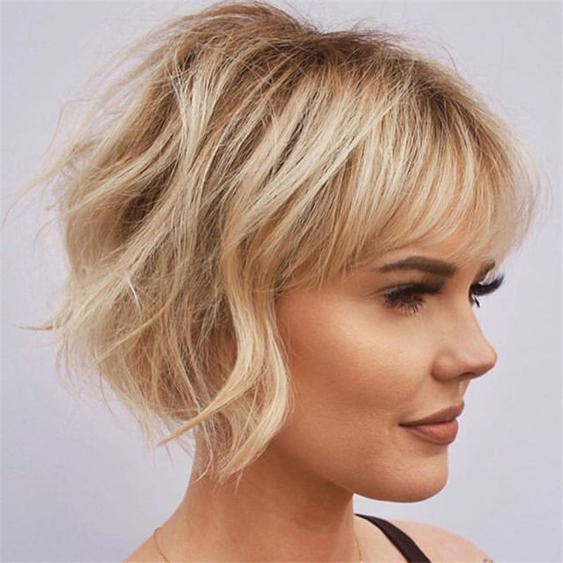 Most Trendy and Terrific Bob Haircuts for Charming Look-33