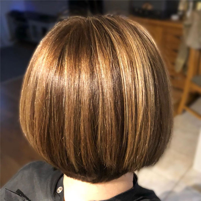Perfect Short Bob Haircuts Ideas to Build Your Own-01