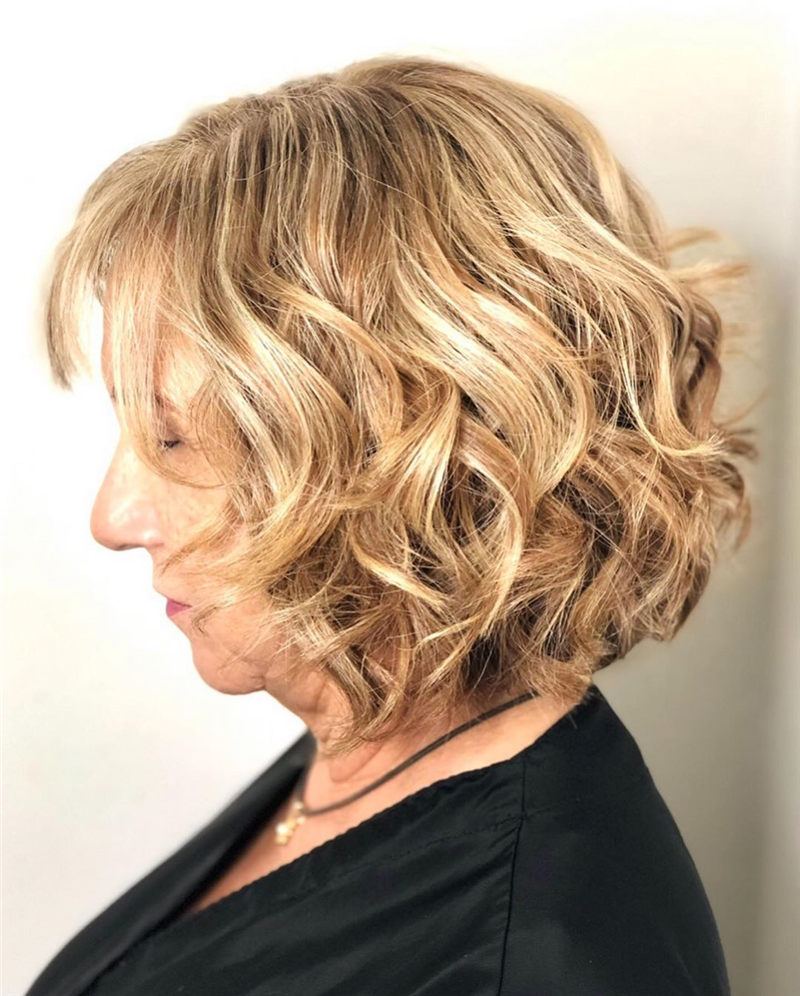 Perfect Short Bob Haircuts Ideas to Build Your Own-06