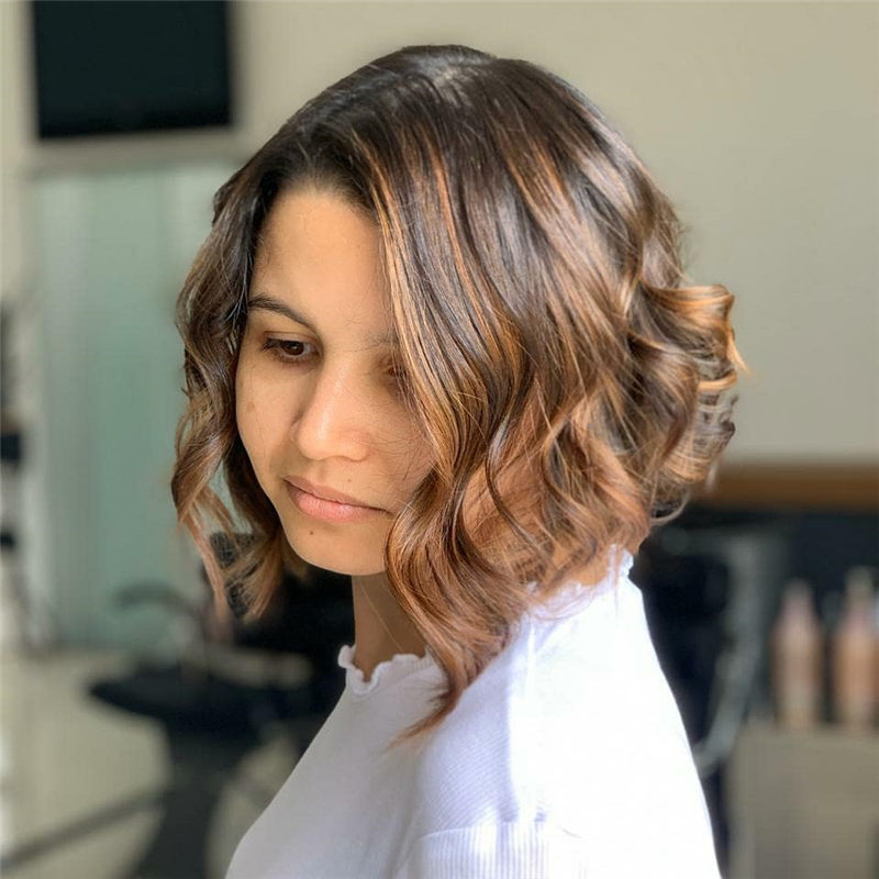 Perfect Short Bob Haircuts Ideas to Build Your Own-13