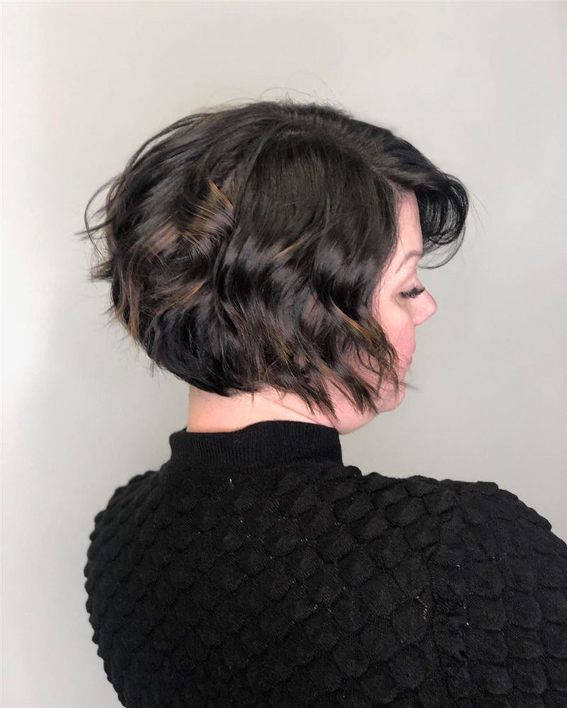 Perfect Short Bob Haircuts Ideas to Build Your Own-19