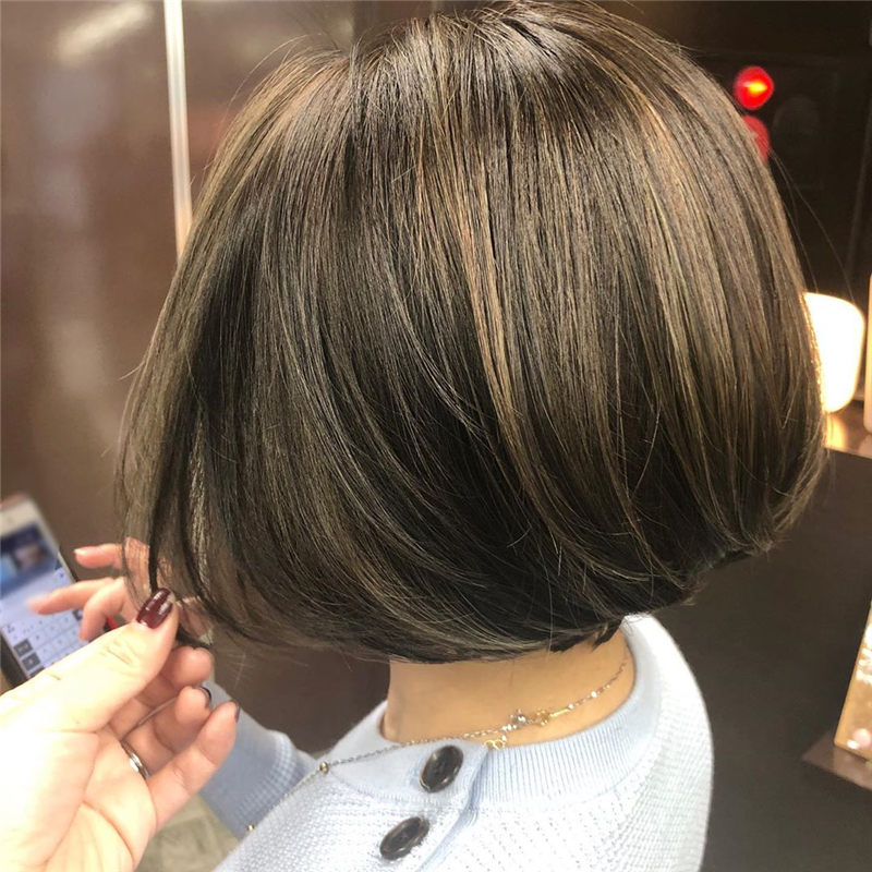 Perfect Short Bob Haircuts Ideas to Build Your Own-21