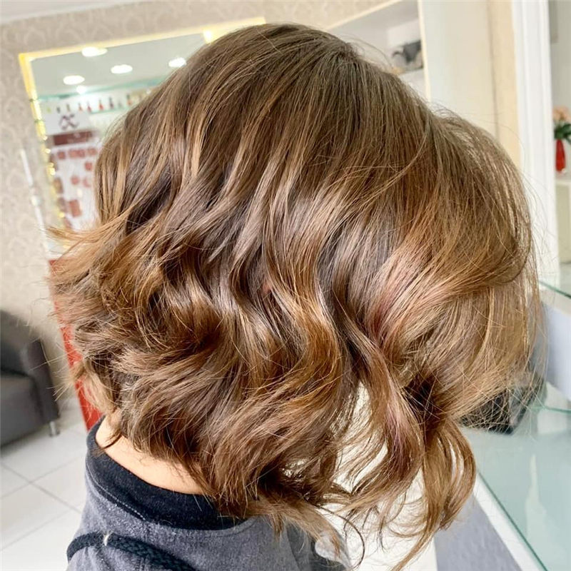 Perfect Short Bob Haircuts Ideas to Build Your Own-31