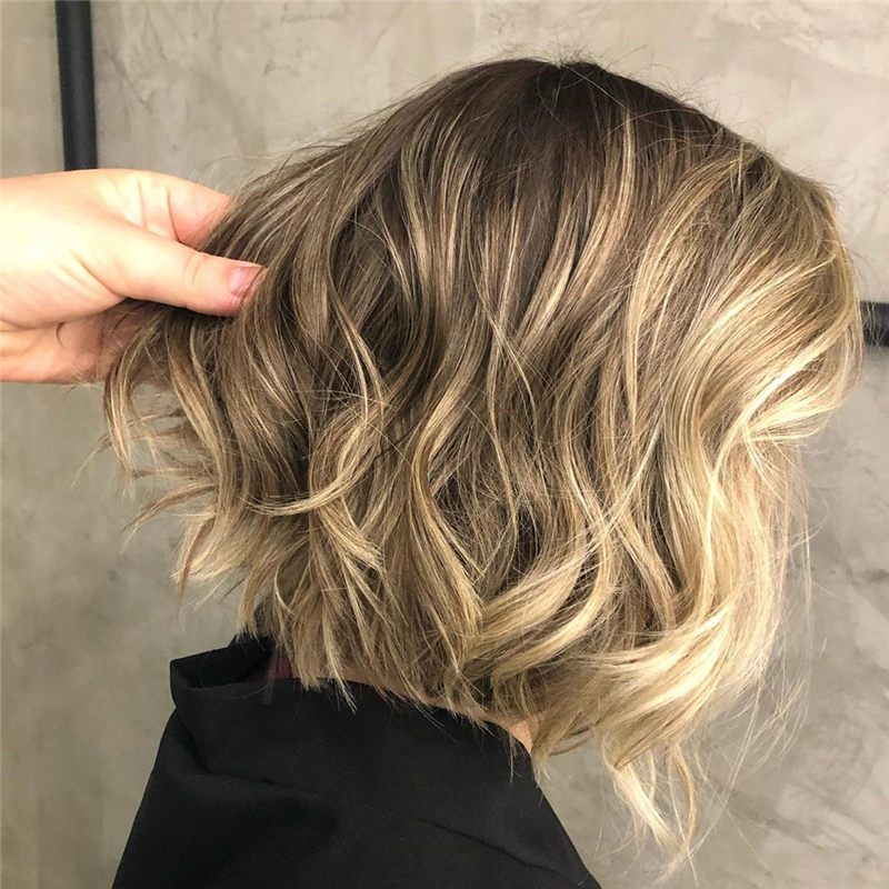 Perfect Short Bob Haircuts Ideas to Build Your Own-32