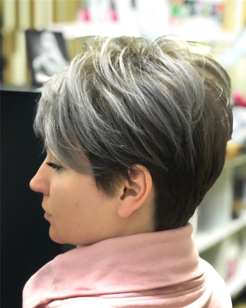 Pretty Pixie Haircuts to Get a Great Look-33